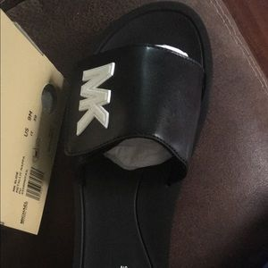 Michael kors sandals brand new